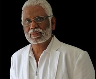 Dr Pillai